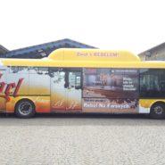 tomek-reklama-autobusy320